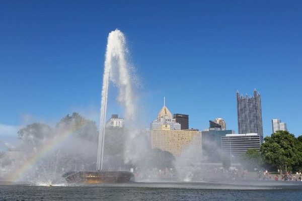 Picture of Point State Park in Pittsburgh